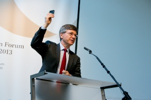 Jeff Sachs speaks at the 2013 Alpbach Forum. Photo Credit: European Forum Alpbach